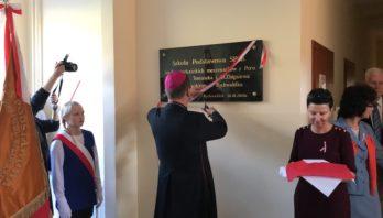 Pierwsza szkoła im. błogosławionych Męczenników