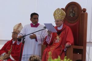 """""""Nasi męczennicy mówili językiem Bożej miłości"""" – kazanie kard. Angelo Amato na beatyfikacji Męczenników z Peru"""