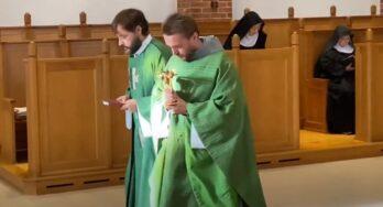 Przekazanie relikwii do Klasztoru pw. Św. Maksymiliana M. Kolbego w Motala (Szwecja)