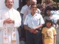 O. Zbigniew z wiernymi podczas fiesty (święta patrona wioski)